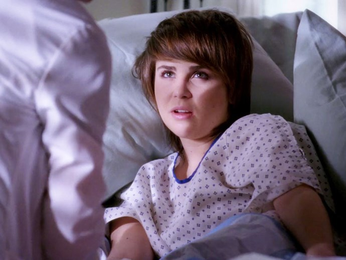 **Mae Whitman.** Mae played Heather Douglas in season three, a girl with severe VATER Syndrome.