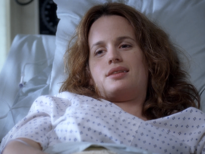 **Elizabeth Reaser.** Not quite a guest star as she was in 18 episodes, but our favourite *Twilight* mum played Alex's patient-girlfriend, Ava/Rebecca.