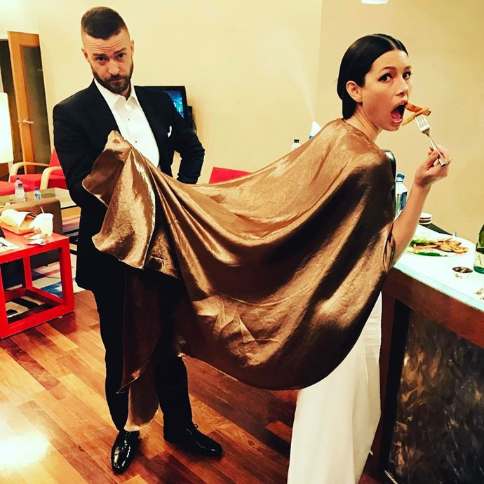 Justin Timberlake assisted his wife Jessica Biel during snack time.