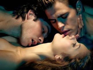 Damon and Elena physically reunite in TVD clip