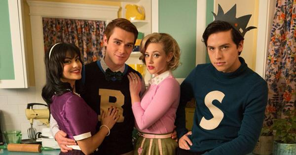 cast of riverdale dress in their characters vintage archie comics costumes cosmopolitan australia