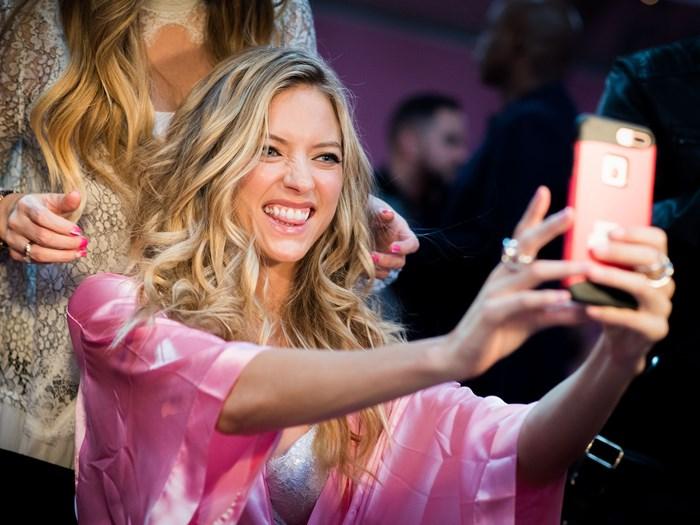 struggles of snapchatting your crush