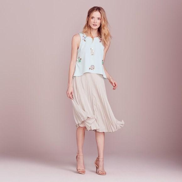 [LC Lauren Conrad Dress Up Shop Collection Floral Paillette Top, $40.50](https://www.kohls.com/product/prd-2776603/lc-lauren-conrad-dress-up-shop-collection-floral-paillette-top-womens.jsp?pfm=rrrecs-pdp-gtab1) and [Pleated Metallic Midi Skirt, $48.00.](https://www.kohls.com/product/prd-2780434/lc-lauren-conrad-dress-up-shop-collection-pleated-metallic-midi-skirt-womens.jsp?pfm=rrrecs-pdp-gtab1)