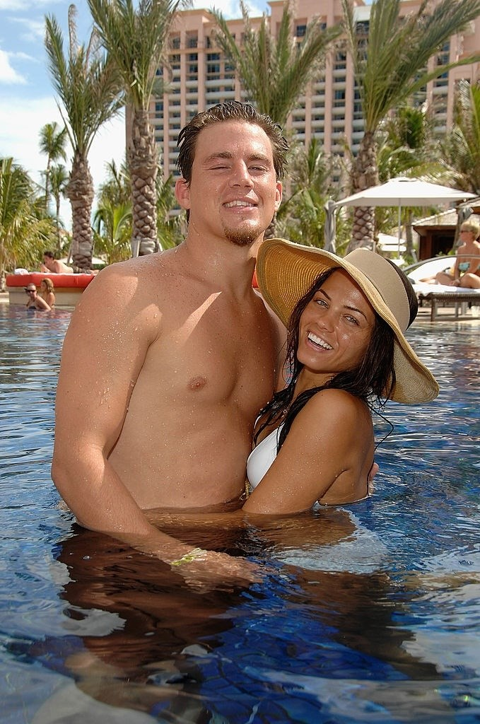 **July 2007**  By this point, they were fast becoming Hollywood's hottest power couple, and went on holiday together at the Grand Opening of Cain at Cove Atlantis in Bahamas.