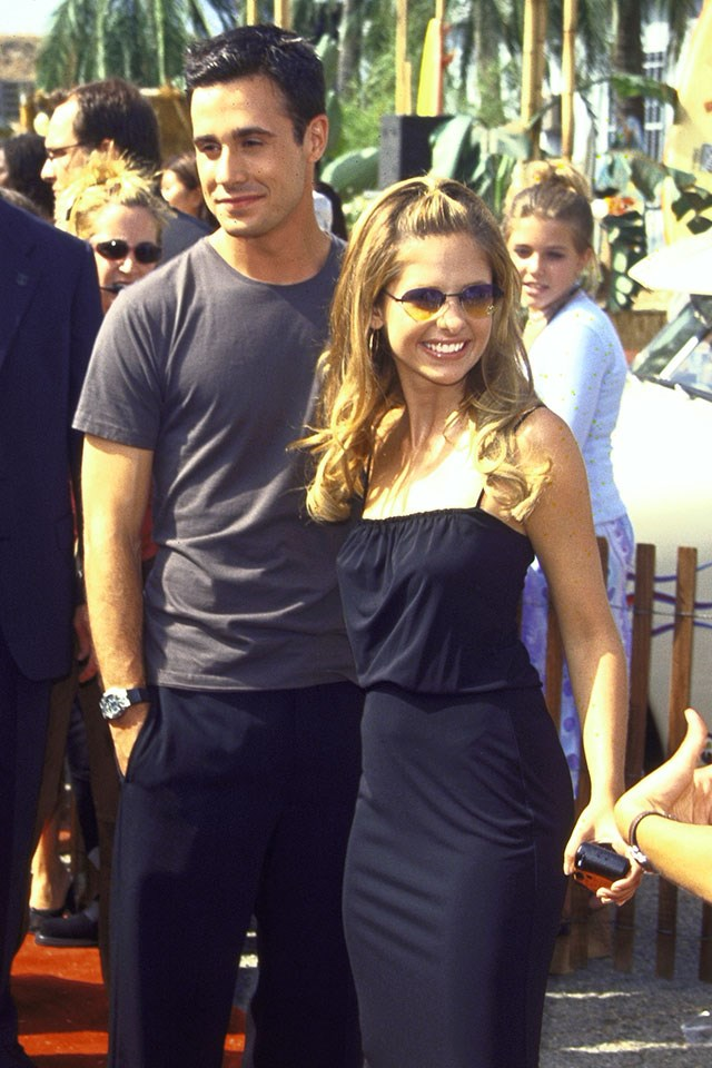 **Freddie Prinze Jr. and Sarah Michelle Gellar**  At the Teen Choice Awards in January 1998.