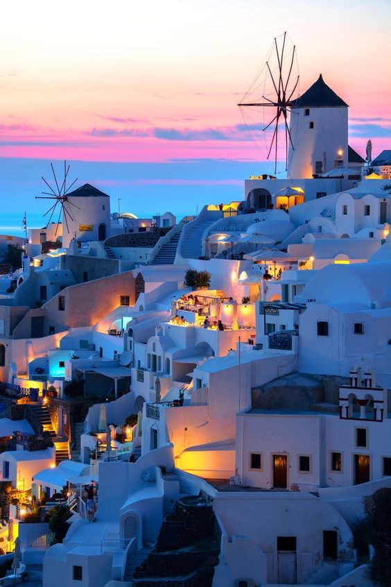 "**10. A Greek Islands Honeymoon**   Via [Pinterest](https://au.pinterest.com/pin/535506211928639901/|target=""_blank""