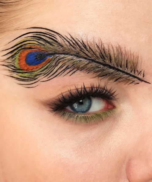 "**Peacock Brows** <br><br> The fancier take on feather brows.  @[Stella.s.makeup](https://www.instagram.com/p/BTCUgAth5c9/?taken-by=stella.s.makeup|target=""_blank""