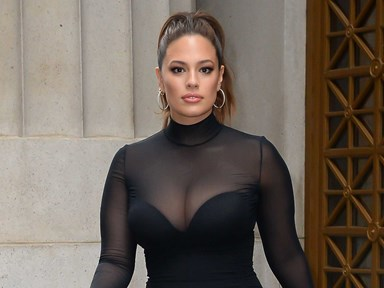 Ashley Graham's strapless bra trick for busty gals is pure GENIUS