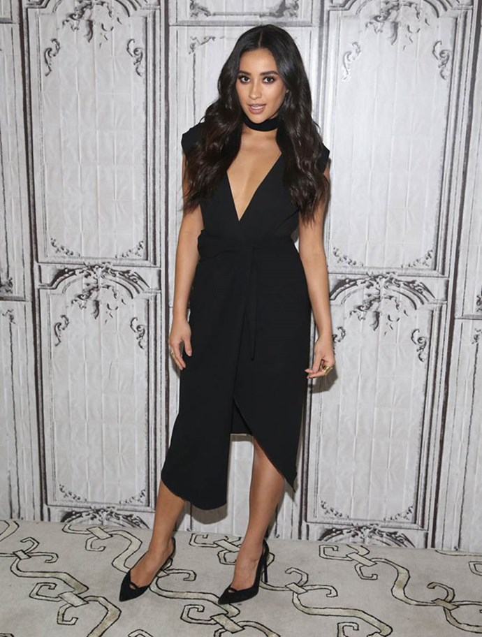 """**Shay Mitchell:** """"When I started, people were like, 'What are you?' I'm like, right now I'm dating a guy. I don't know what it's going to be in three years. You love who you love. Black, white, polka dot, that's what my dad always said. I'm never going to label myself. I could be 50 and dating a woman and then what? I said I was straight and now I'm not?'"""" she told *[Cosmopolitan U.S.](http://www.cosmopolitan.com/entertainment/news/a57898/shay-mitchell-june-2016/)*."""