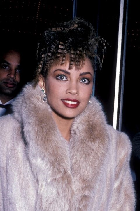 **1986: Crimps for days** <br><br> You might have every size of curling iron and know your way around a flat iron, but Vanessa Williams *owns* the crimping iron.