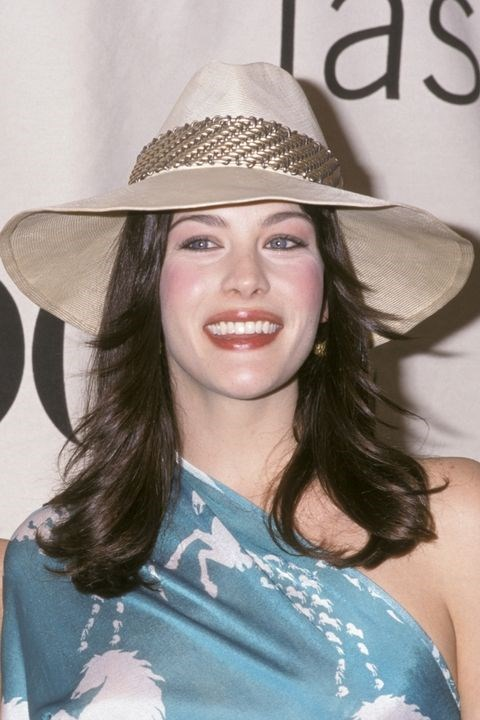 **1998: Flippy layers** <br><br> If you had face-framing layers in '98, you'd best believe they were flipped out, like Liv Tyler's, usually with the help of a flat iron.
