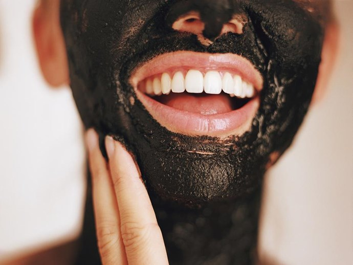 VIDEO: Beauty bloggers peel off their charcoal face masks and OUCH!