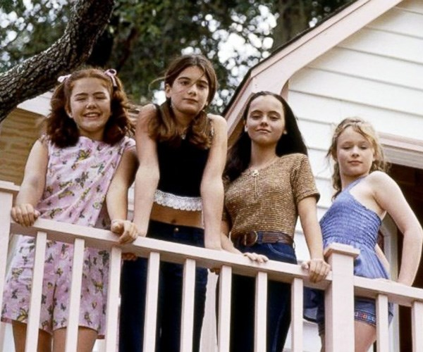"20 Best ""Squad Coms"" Every Woman Needs in Her Life"