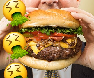 Someone in QLD was served a Macca's burger crawling with MAGGOTS