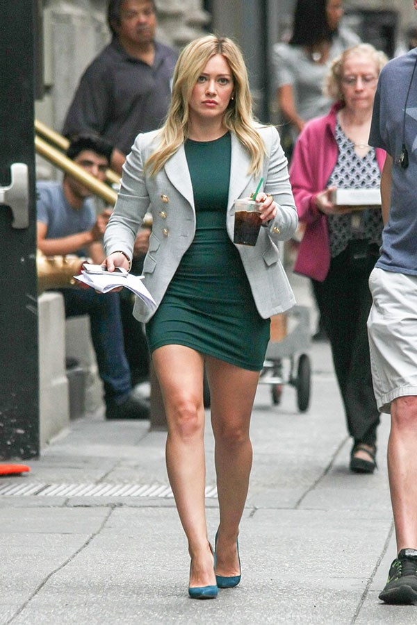 FFS: Even the *straw* on her iced coffee matches her outfit.