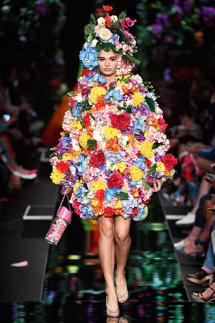 Serious question: Are we hallucinating RN? <br><br> At Moschino SS/18
