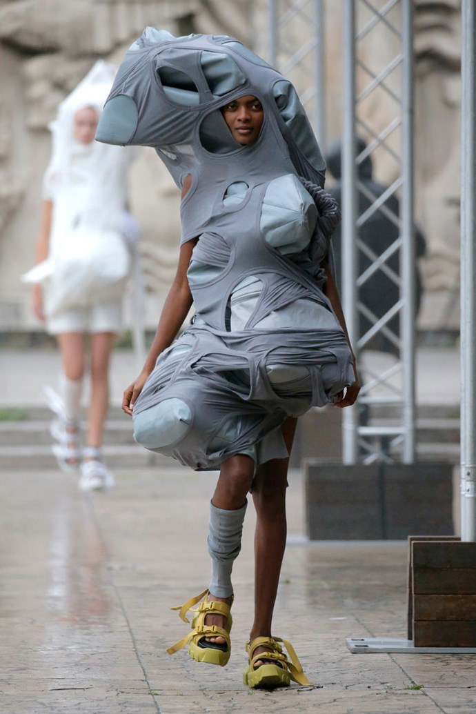 Exhibit A: What is this fuckery? <br><br> At Rick Owens SS/18