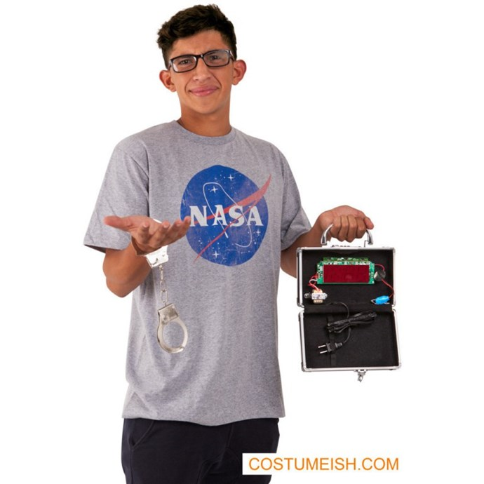 """**""""Ahmed Mohamed Costume""""**<br><br> Costumes making fun of Ahmed Mohamed, a 14-year-old boy who was wrongly accused of bringing a bomb to school, are bad taste. Sorry not sorry."""