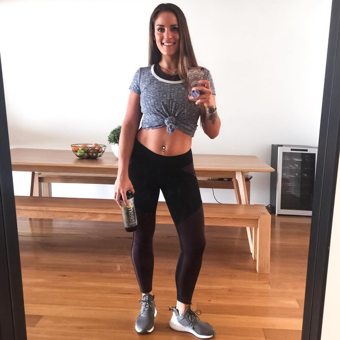 **Elora Murger**  Elora, fire dancer extraordinaire, is still single. She is looking bangin', though, thanks to seriously upping her workout routine. (She is also a PT, so obviously that helps.)