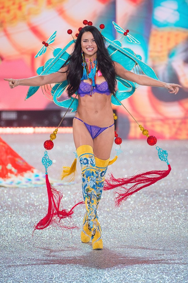 **2016: Adriana Lima**  Similar to the incident with Elsa Hosk, Adriana was thrown into the spotlight and accused of cultural appropriation for agreeing to wear this outfit which draws heavily on traditional Asian culture and motifs.