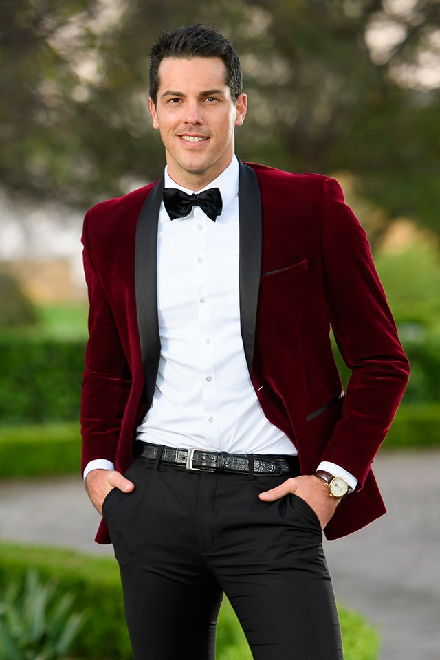 "**Jake Ellis — YES** <br><br> Jake was a contestant on Georgia Love's season of *The Bachelorette* in 2016, and made it all the way to her top three. We can't say we're surprised to see Jake on *Bachelor in Paradise*. He's been [photographed](http://www.dailymail.co.uk/tvshowbiz/article-5106453/Megan-Marx-Jake-Ellis-film-Bachelor-Paradise.html|target=""_blank"") talking to Megan Marx on the Fiji set."