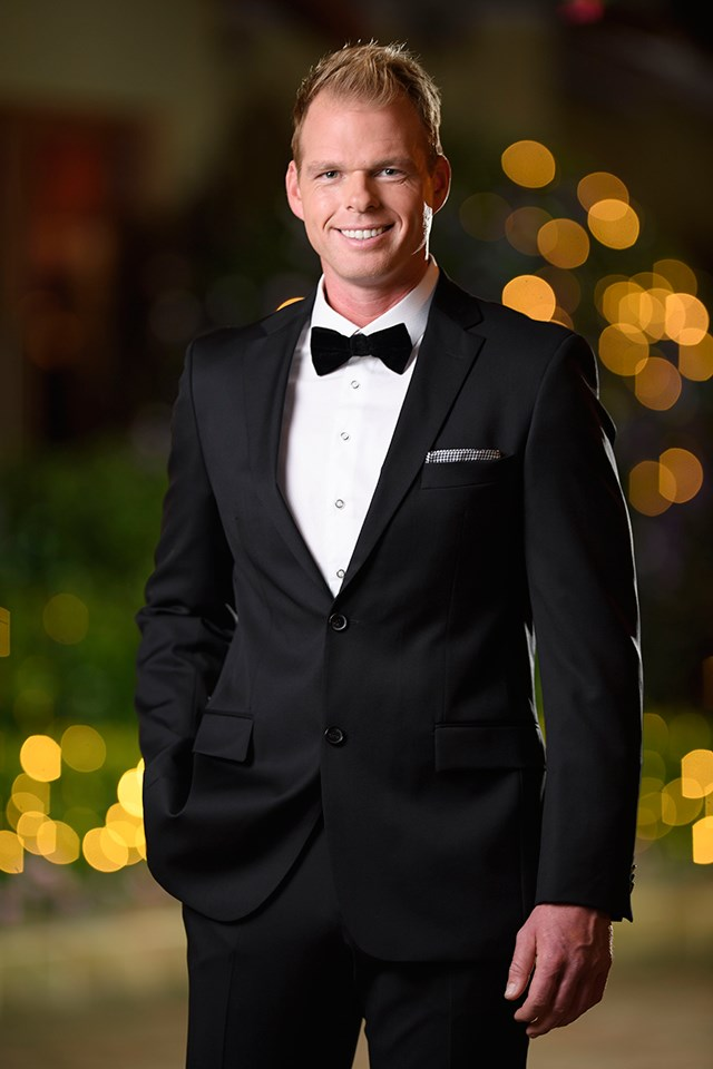 "**Jarrod Woodgate — YES** <br><br> Jarrod was Sophie Monk's runner-up on *The Bachelorette* in 2017. He was [photographed](http://www.dailymail.co.uk/tvshowbiz/article-5109167/Jarrod-dumped-set-Bachelor-Paradise.html|target=""_blank"") on the Fiji set of *Bachelor in Paradise* 'flirting' with Ali Oetjen."