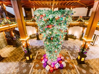 Upside Down Christmas Trees Are a Thing This Year and Some People Are *Freaking* Out