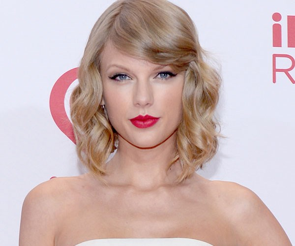 **CURLY:** Taylor Swift