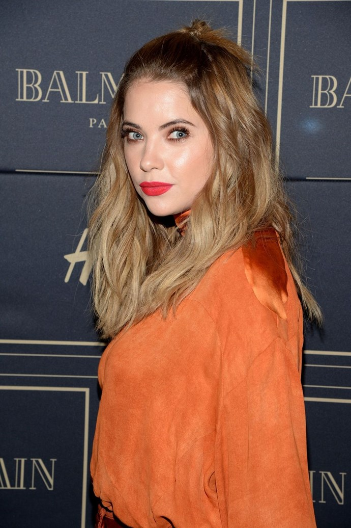 **Ashley Benson's cute quiff** <br><br> Pin the front section of your hair back and secure it in place, then add a little look or knot to the remaining strands. Pretty, huh?