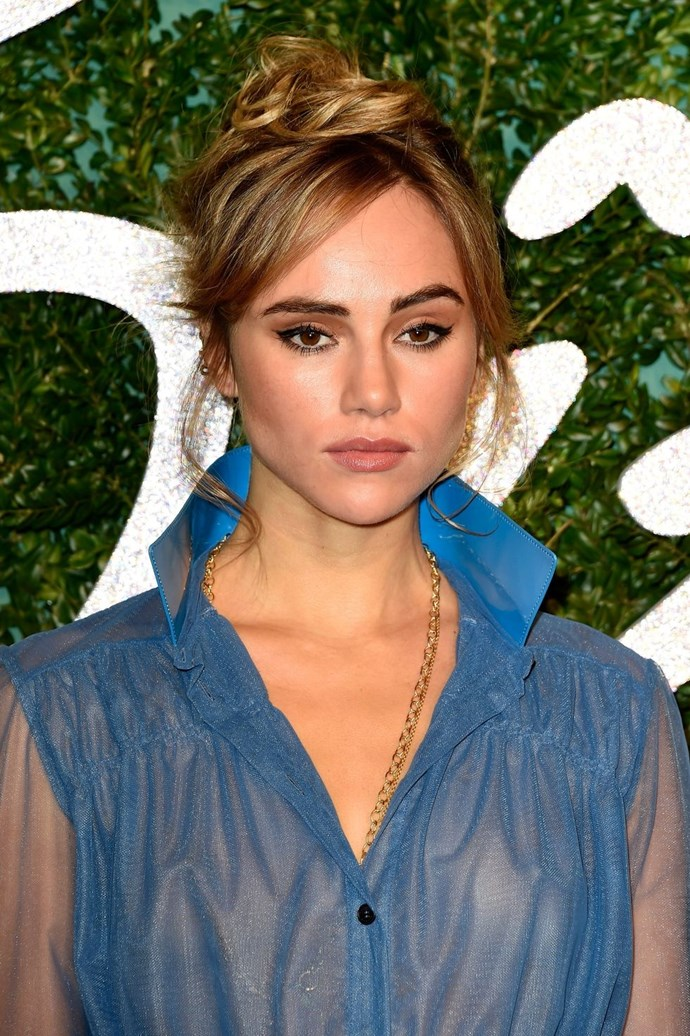 **Suki Waterhouse's Tinkerbell topknot** <br><br> Suki Waterhouse just proved that a messy topknot and a sweeping side fringe are the cutest combo.