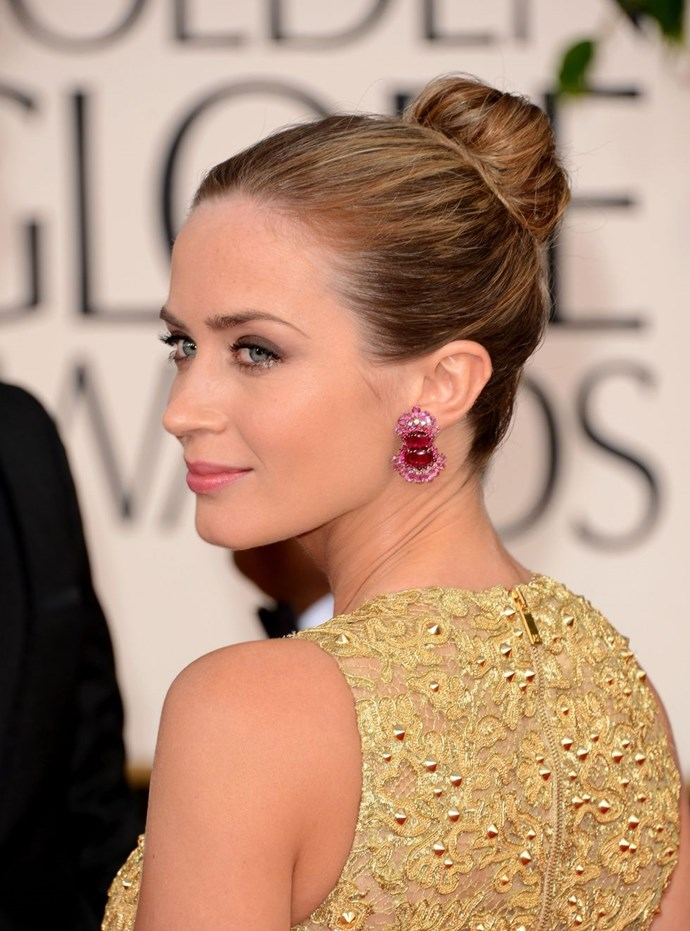 **Emily Blunt's ballerina bun** <br><br> A ballerina + statement earrings = perfection. Bravo Emily.