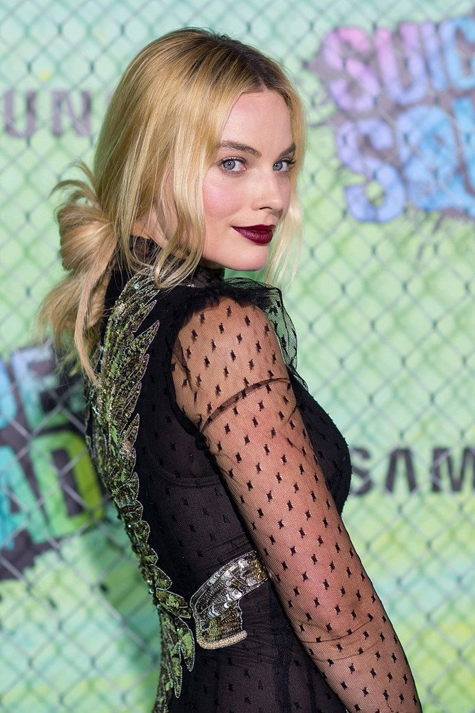 **Margot Robbie's looped pony** <br><br> Margot Robbie can officially do no wrong when it comes to hair (or anything else for that matter). Cheat her look by tying your hair into a low-pony at the nape of the neck and then looping the lengths through your elastic, easy-peasy.