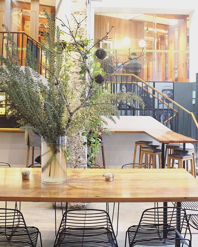**Paramount Coffee Project** <br><br> Open for breakfast and lunch, Paramount Coffee Project offers creative food and an industrial space that encourages community, and maybe making some new friends. <br><br> Image: [@paramountcoffeesydney](https://www.instagram.com/p/BWYddnulhDC/?taken-by=paramountcoffeesydney)