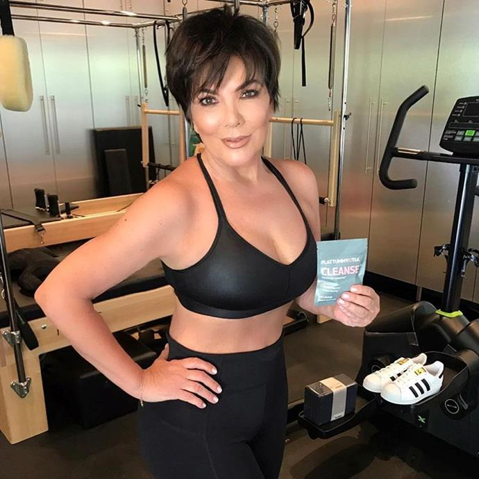 """**KRIS JENNER'S RIGHT ARM IN THIS INSTAGRAM PHOTO** <br><br> **Kris Jenner**posted an ad for Flat Tummy Tea in June, but all anybody could look at was what appeared to be her heavily-edited right arm. <br><br> *Image: [Instagram](https://www.instagram.com/p/BVqNQ0PFry7/