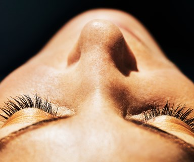 A woman discovered over 100 mites living in her eyelashes and we're about to vom