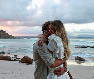 You guys, Australian social media star Elle Ferguson is ENGAGED!