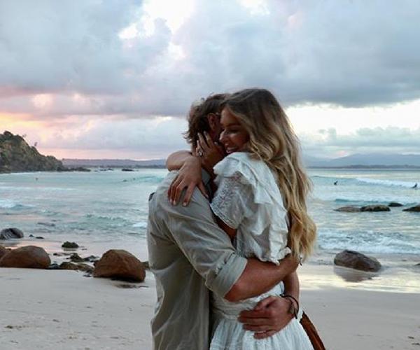You guys, Australian social media star Elle Ferguson is ENGAGED!