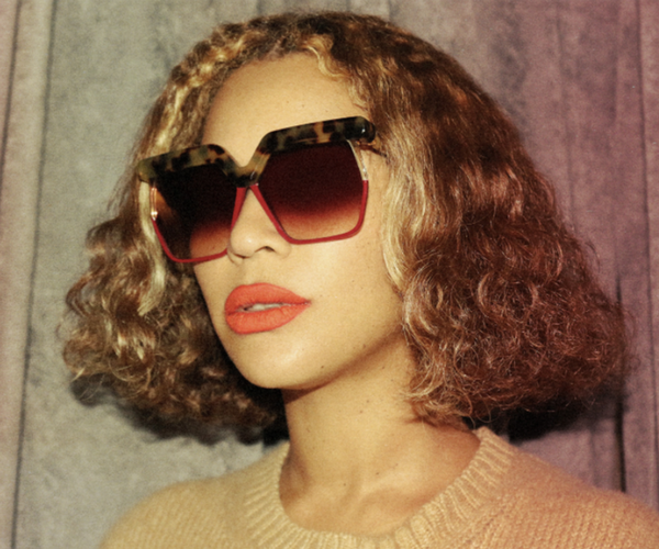 "Just this week, Beyoncé decided she was done with her trademark mermaid hair. (She told her extensions 'Boy, bye!')  <br><br> Now, she's rocking a wavy bob and TBH, this might be our favourite look to date. <br><Br> Image: [Beyoncé.com](https://www.beyonce.com/|target=""_blank""