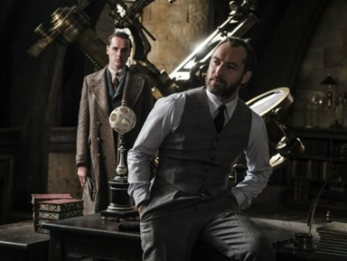 New Fantastic Beasts pics: Is the world even ready for this hot AF Dumbledore?
