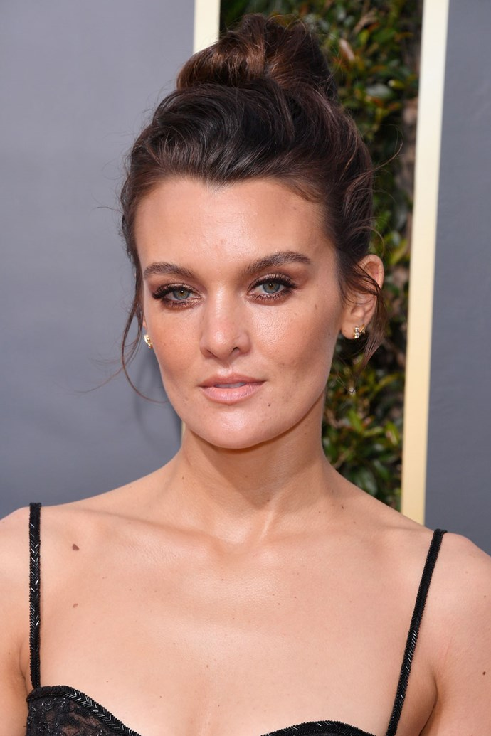 **Frankie Shaw** <br><br> The 'SMILF' actress proved that top-knots absolutely belong on the red carpet!