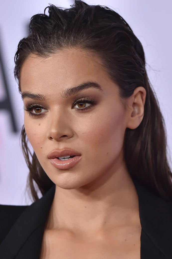 """[**Hailee Seinfeld**](https://www.cosmopolitan.com.au/celebrity/hailee-steinfeld-doesnt-know-what-woke-means-23079