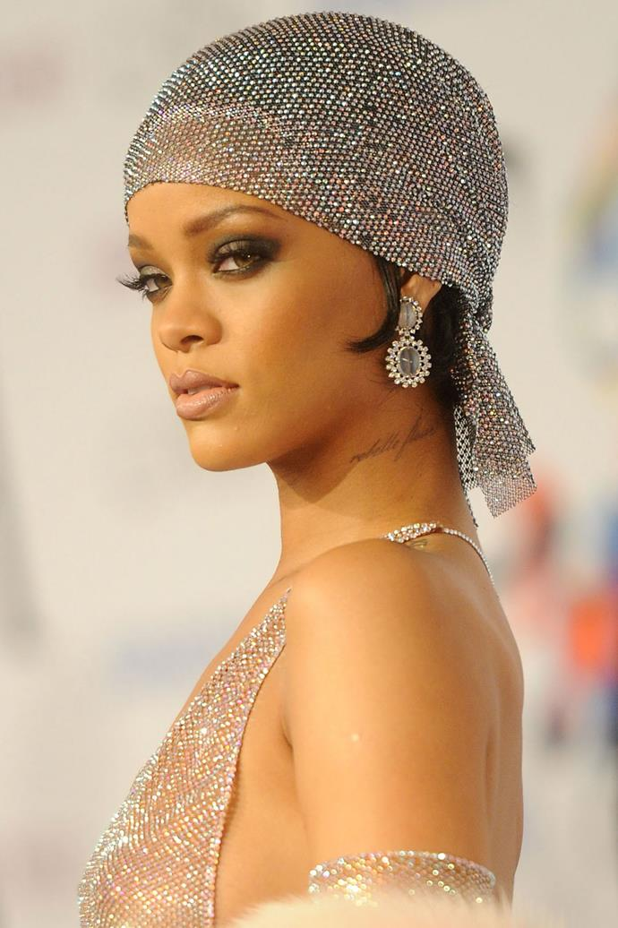This sultry, old Hollywood glam look will forever be one of our fave RiRi looks EVER
