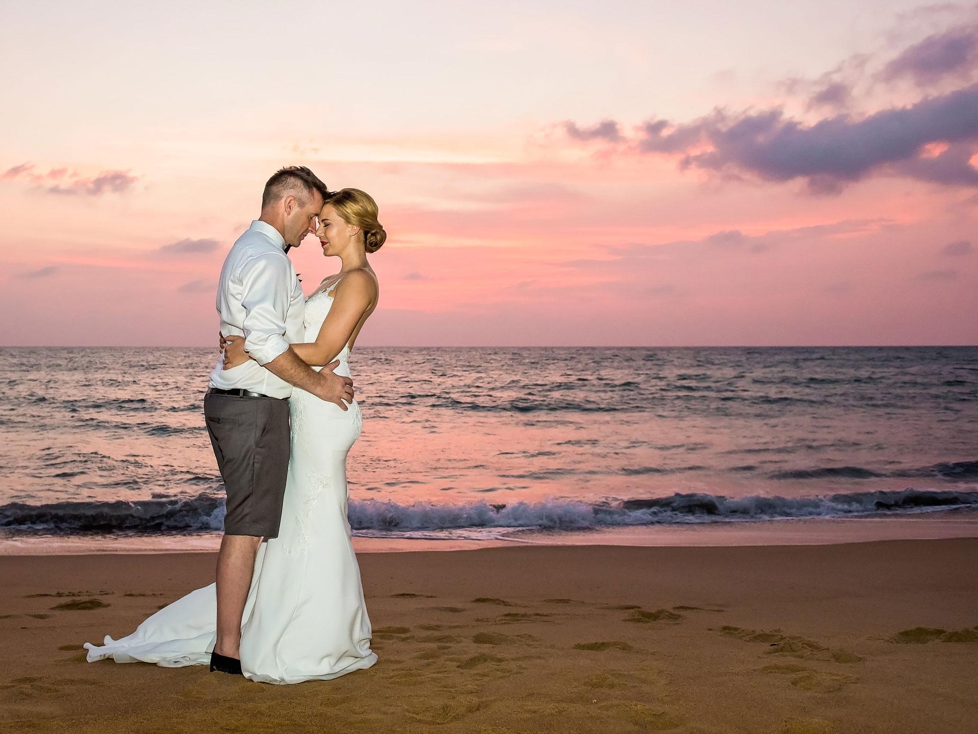 https://www.cosmopolitan.com.au/weddings/two-bride-wedding ...