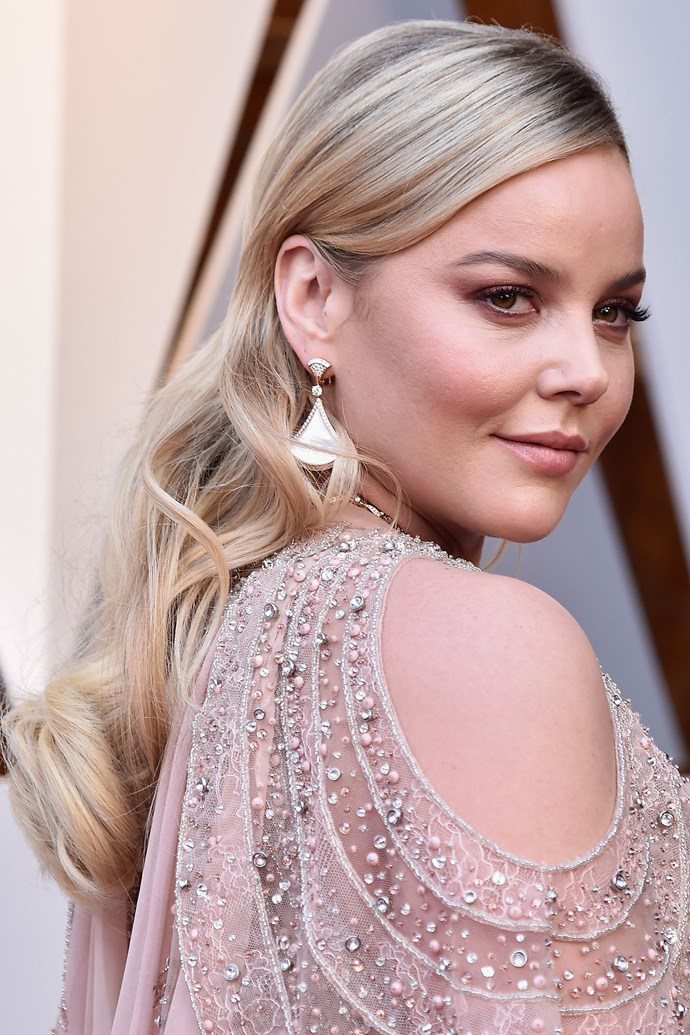 **Abbie Cornish** <br><br> The Aussie actress teamed her beautifully embellished pink gown with her makeup look, sporting a pink smoky winged eye with a nude lip and cheek to match.