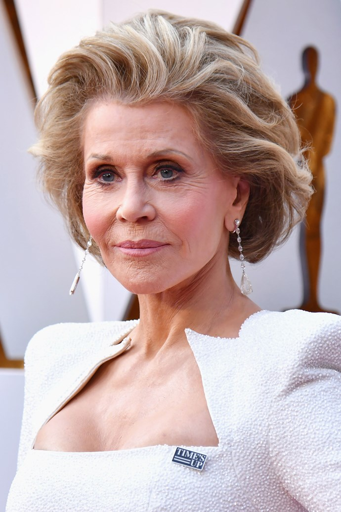 **Jane Fonda** <br><br> The Hollywood icon repped big hair and a simple makeup look on this year's red carpet.