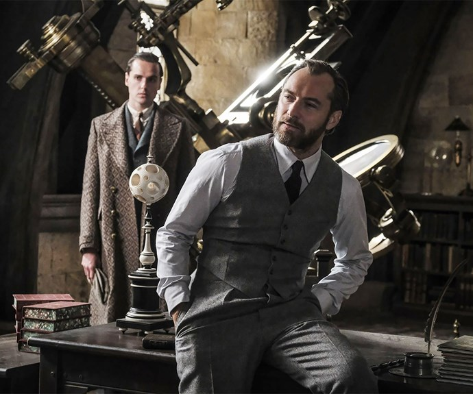 Jude Law as Dumbledore in Fantastic Beasts 2 trailer
