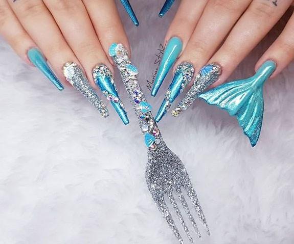 Jezz ManiacStylZ Instagram Little Mermaid Manicure