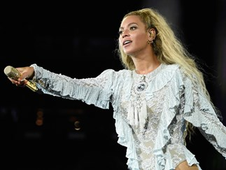 Here's how you can watch Beyoncé at Coachella from your couch