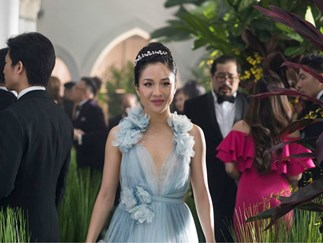 The full trailer for 'Crazy Rich Asians' is finally here
