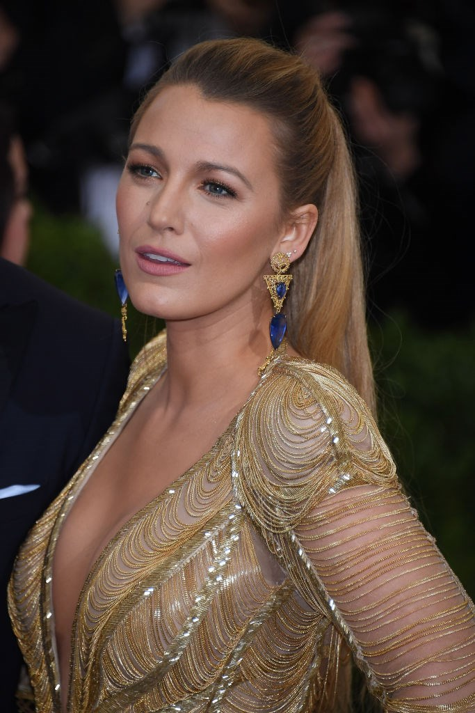 The actress gave us major hair goals when she sported a sleek updo at the 2017 Met Gala.
